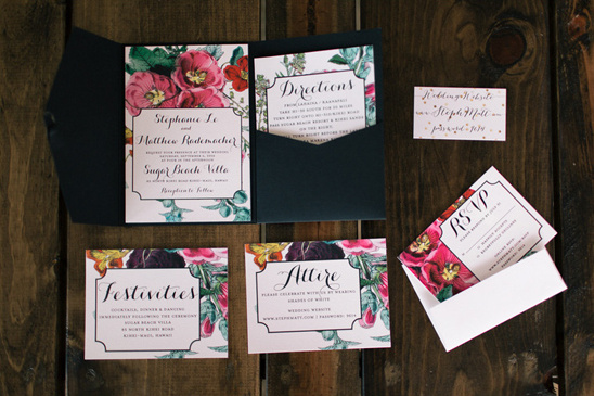 oversized floral wedding stationery @weddingchicks