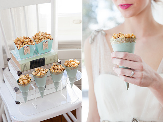 caramel corn cones @weddingchicks