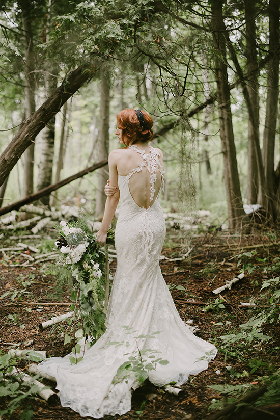 Claire Pettibone wedding gown @weddingchicks