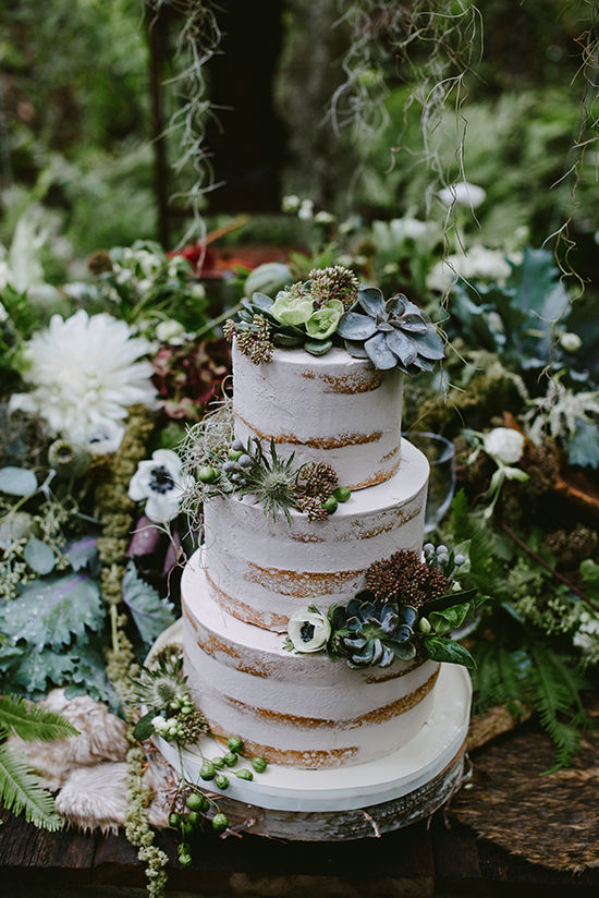 succulent wedding cake @weddingchicks