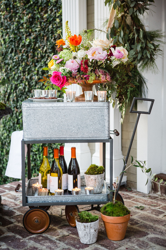 wine cart @weddingchicks
