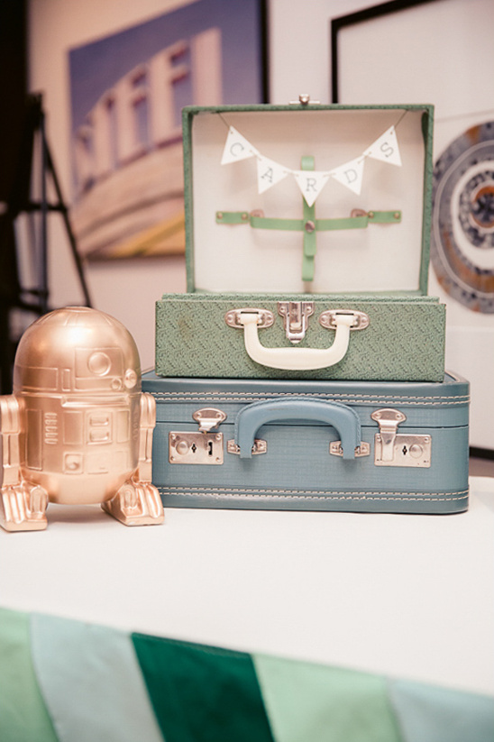 vintage suit case card box and gold r2d2 @weddingchicks
