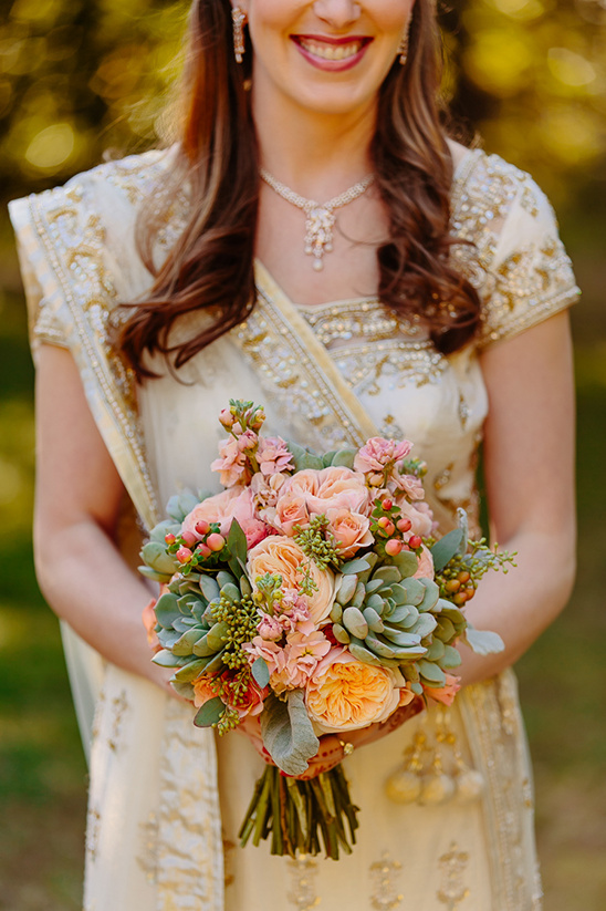 succulent bridal bouquet @weddingchicks