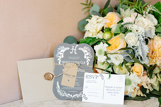 grey and white wedding stationery @weddingchicks