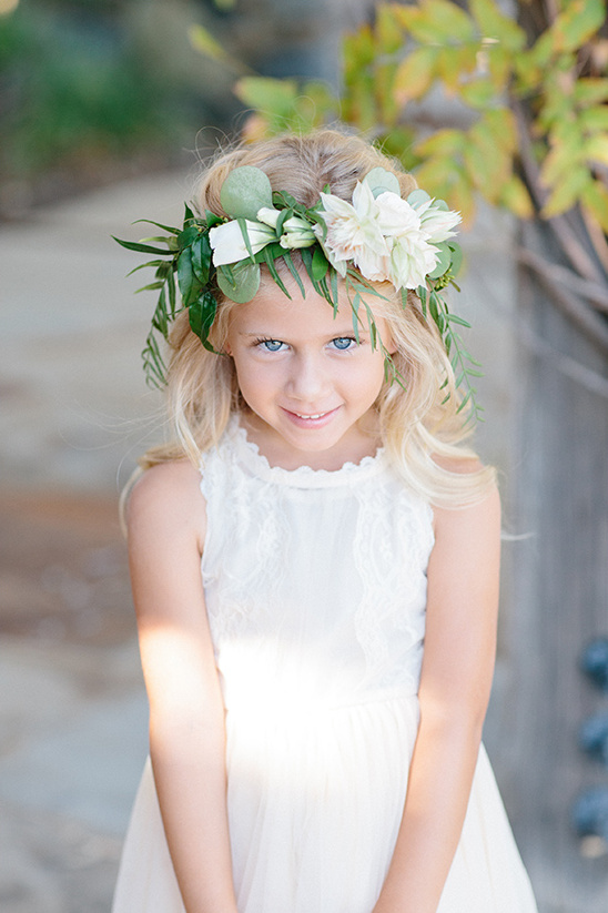 precious flower girl @weddingchicks
