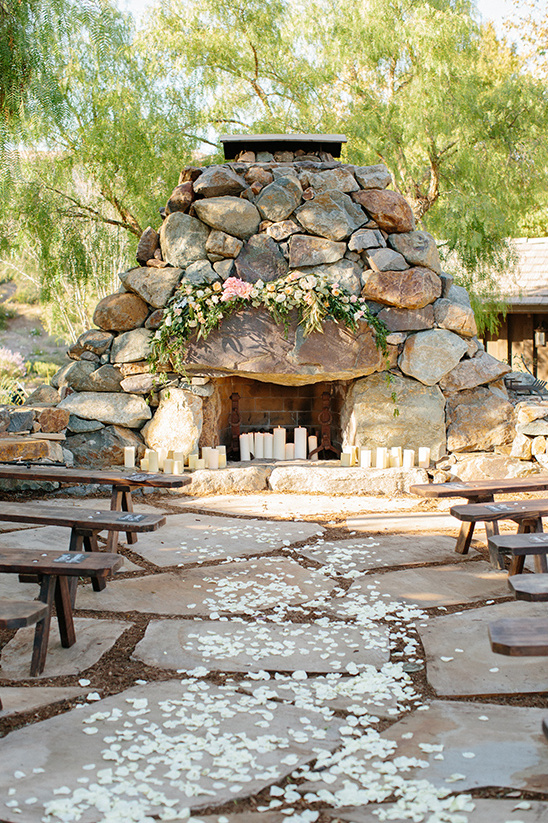 stone path ceremony @weddingchicks