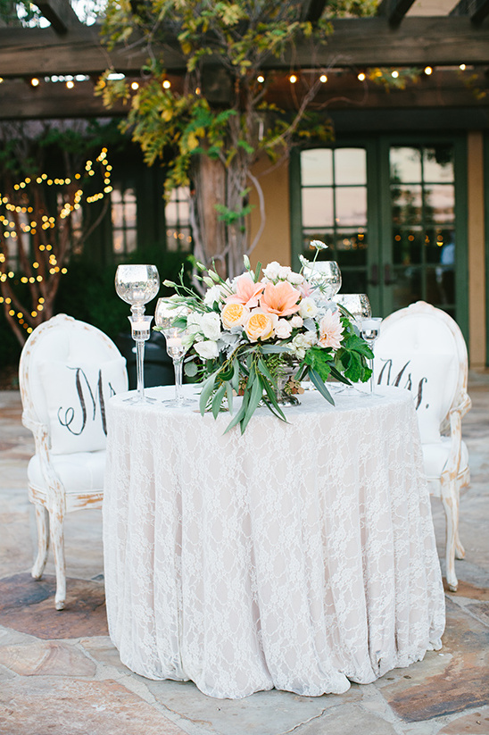 soft white sweetheart table @weddingchicks