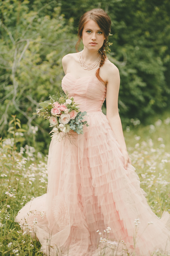 soft pink bridesmaid dress @weddingchicks