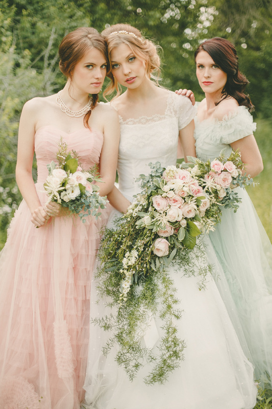 soft pastel vintage bridal party @weddingchicks