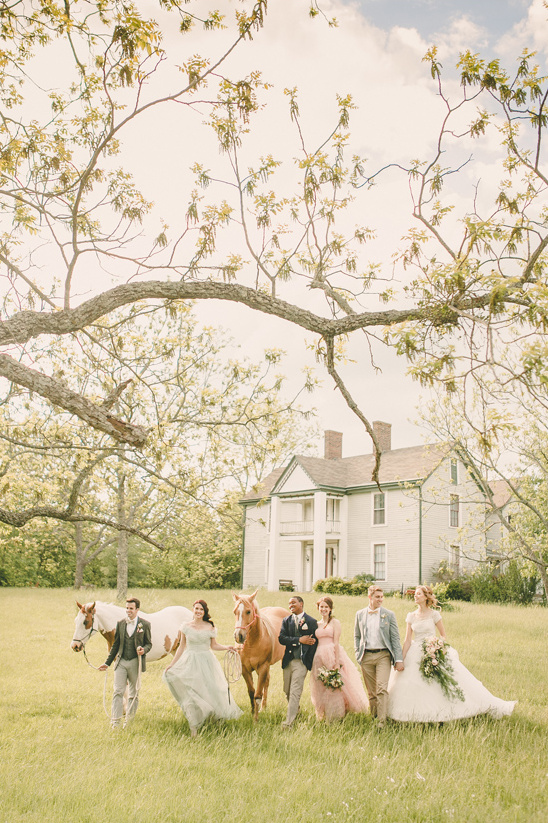 farm house wedding party @weddingchicks