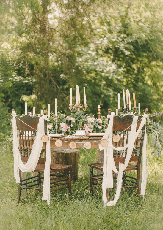shabby chic sweetheart table @weddingchicks