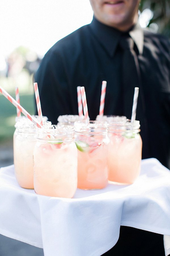 fresh strawberry margaritas @weddingchicks