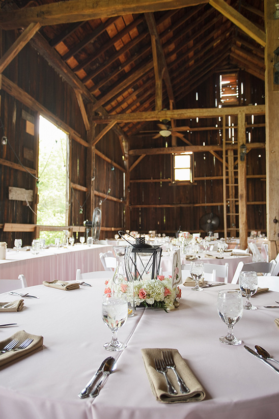 reception barn decor @weddingchicks