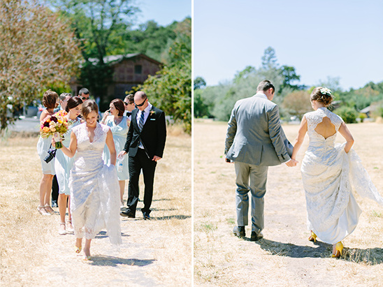 quick stroll to the field @weddingchicks