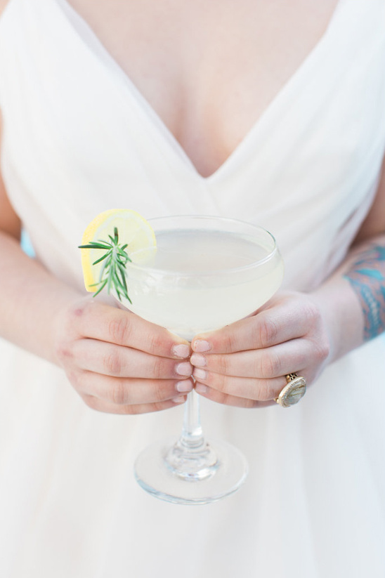 rosemary gin fizz @weddignchicks