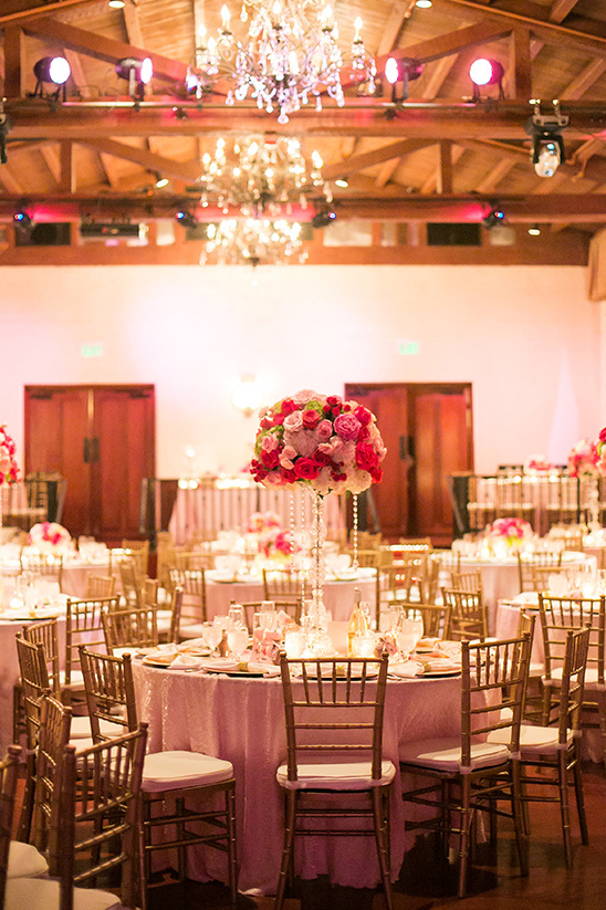 pink rose and crystal gold reception decor @weddingchicks