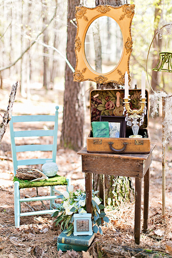 woodsy reception decor ideas @weddingchicks