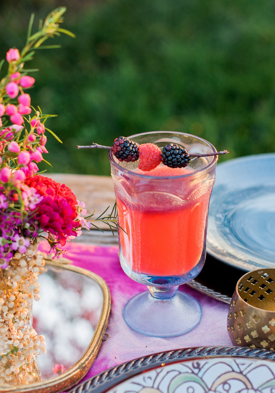 raspberry lemonade punch @weddingchicks