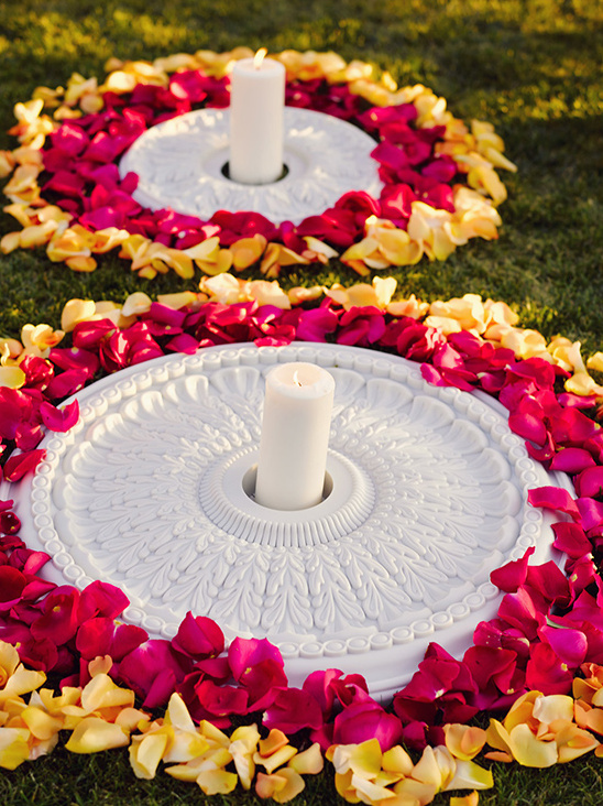 wedding candle and flower circles @weddingchicks