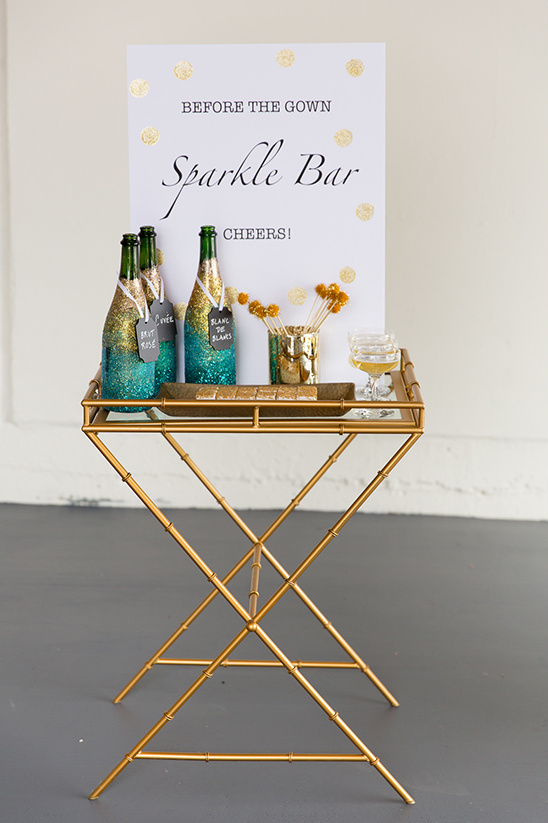 sparkle bar wedding drinks idea @weddingchicks