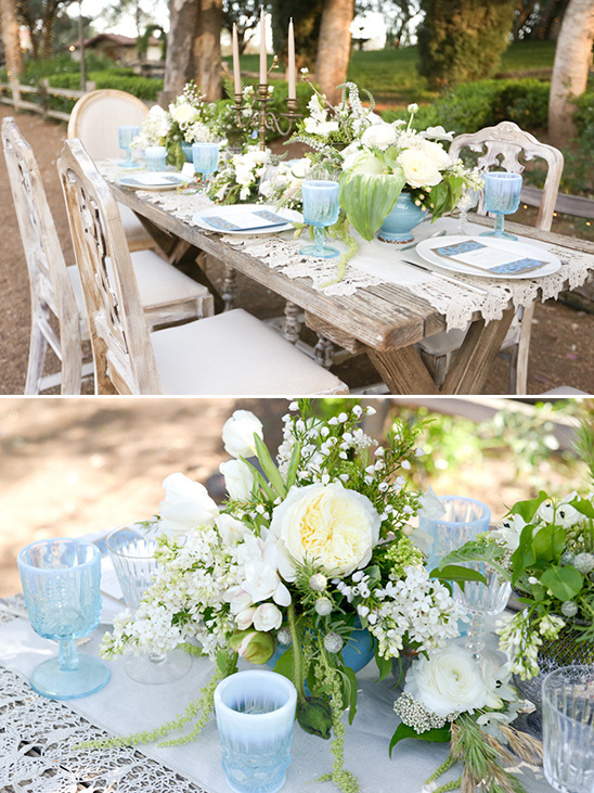 blue and white reception table decor @weddingchicks