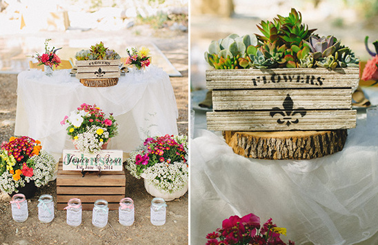 rustic sweetheart table @weddingchicks