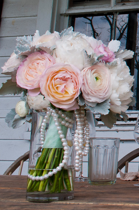 blush and white bouquet