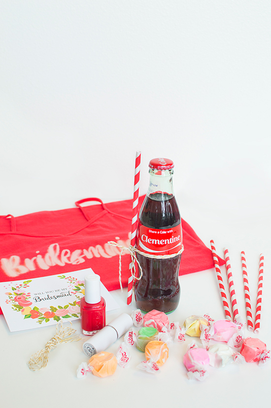diy bridesmaid coke box @weddingchicks