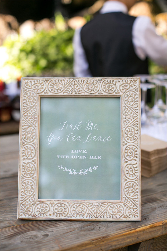 cute open bar sign @weddingchicks