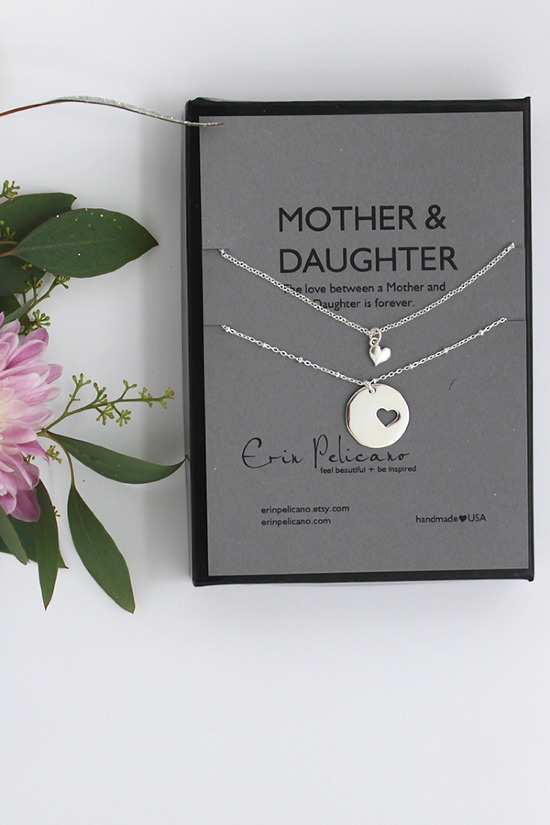 Perfect bridal party gifts from Erin Pelicano. @weddingchicks