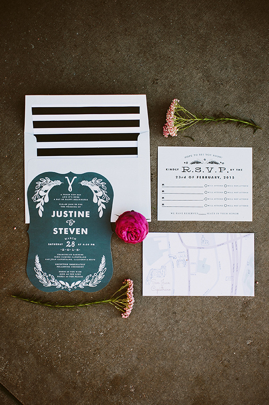 modern black and white wedding stationery @weddingchicks