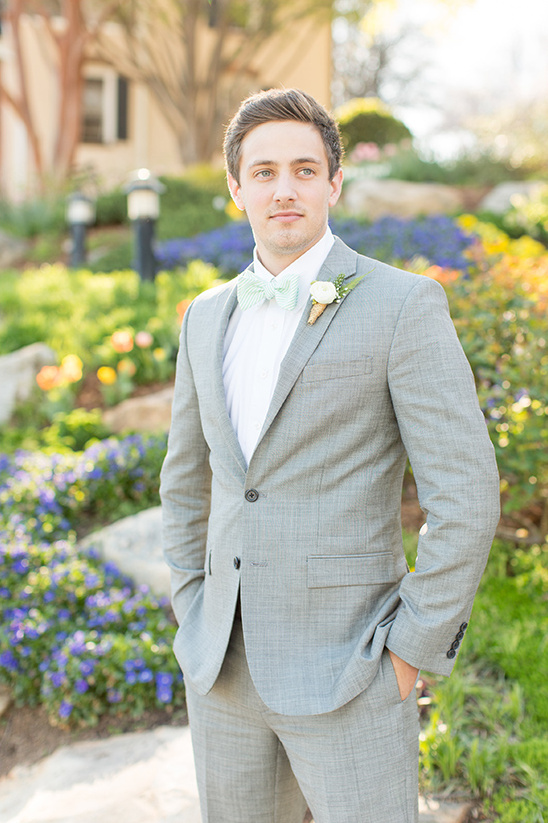 dashing mint and grey groomsmen @weddingchicks