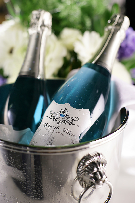 Here's the 'something blue' for your wedding! Blanc de Blue Cuvee Mousseux @weddingchicks