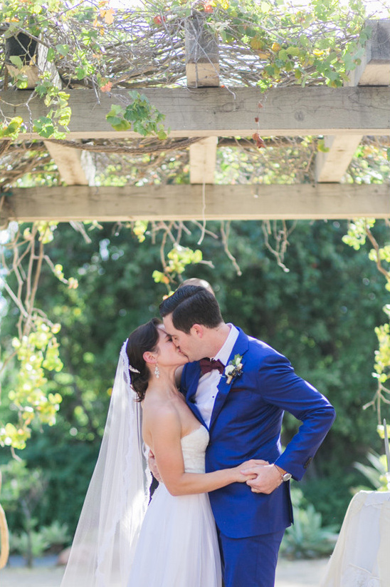 sealed with a kiss @weddingchicks