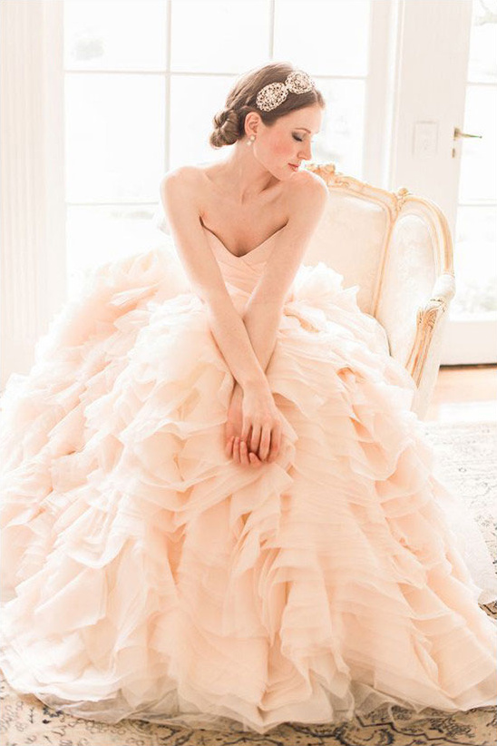 peach wedding gown @weddingchicks