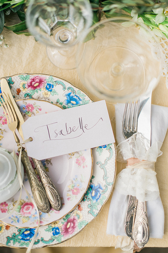 place card calligraphy @weddingchicks
