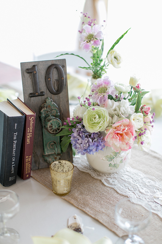 rustic table number ideas @weddingchicks