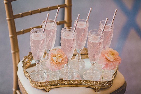 pink signature drink @weddingchicks