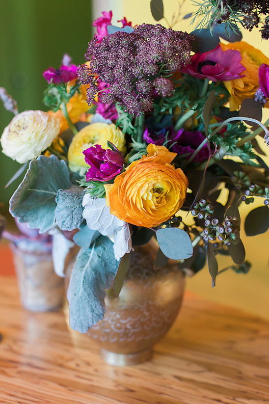 orange and purple arrangements from White Fig Designs @weddingchicks