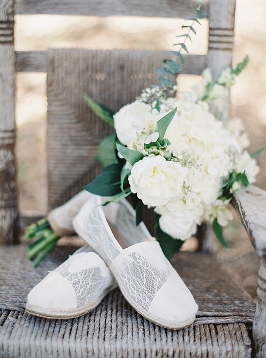 lacy toms wedding shoes @weddingchicks