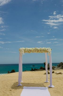 Chic Beach Wedding in Mexico