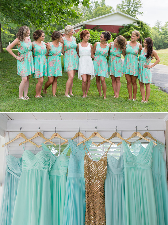 mint and gold bridesmaid dresses @weddingchicks