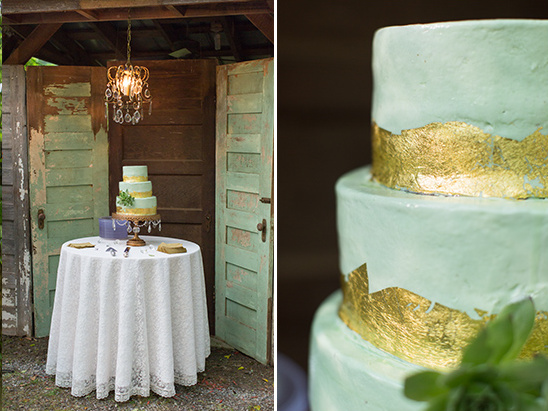 mint and gold cake @weddingchicks