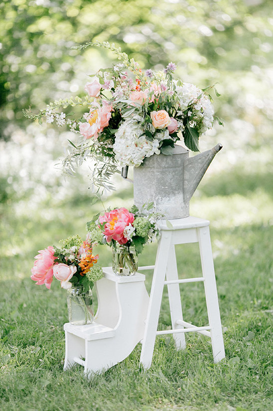 vintage ceremony decor ideas @weddingchicks