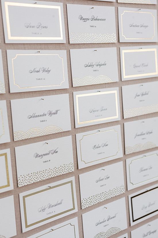 gold foil wedding escort cards @weddingchicks