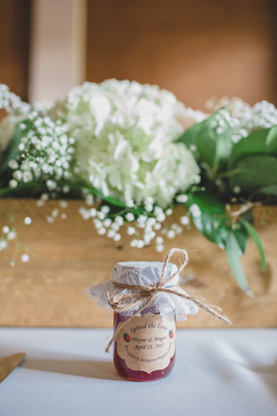 jam wedding favor @weddingchicks