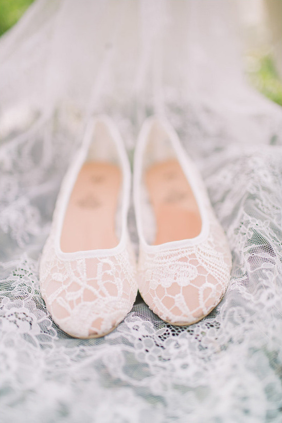 lacey wedding flats @weddingchicks