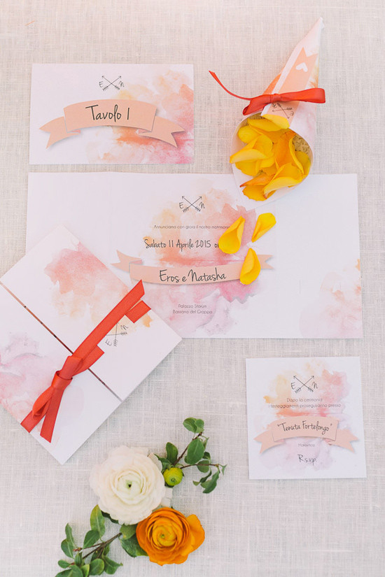 watercolor wedding stationery @weddingchicks