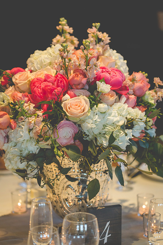 center piece flowers @weddingchicks