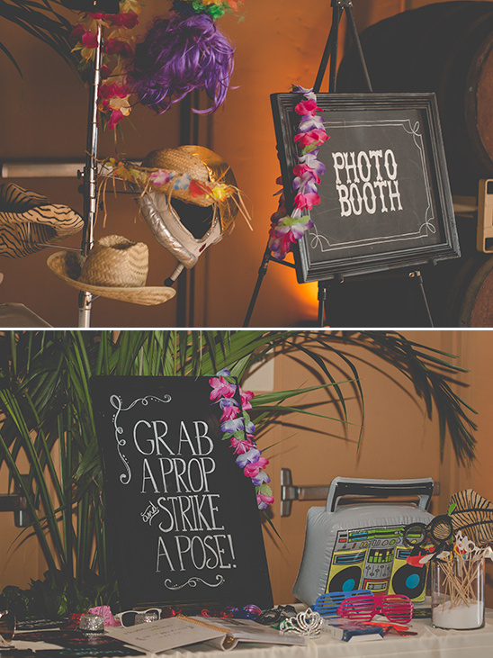 photo booth signs @weddingchicks